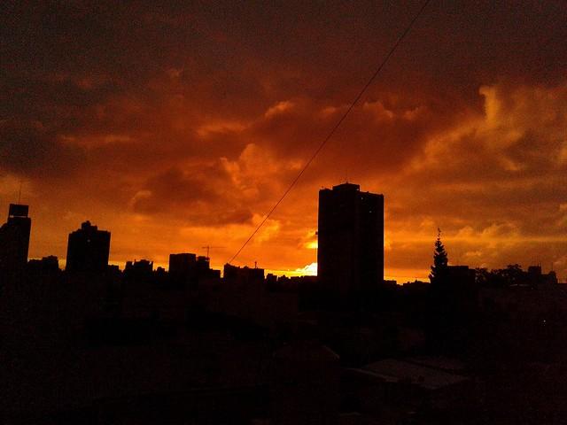 Después de la tormenta y el sol pugnando por salir...