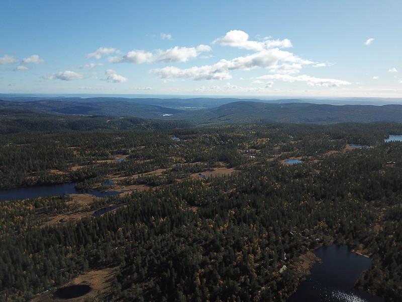 45-Utsikt sørøstover fra Hovlandsfjell (drone)