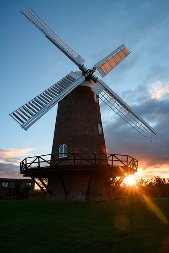 d810 nikon england uk flare sun sunset wiltshire wiltonwindmill windmill