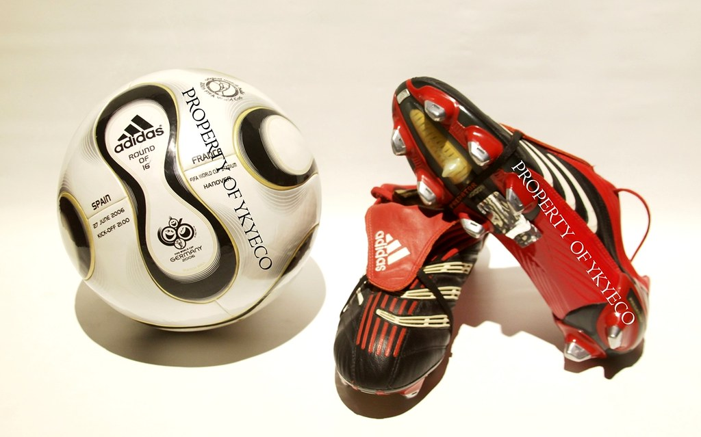 394c787df6b6 ... -PREDATOR ABSOLUTE XTRX SG- Black+Red ADIDAS OFFICIAL FIFA WORLD CUP  2006 FOOTBALL