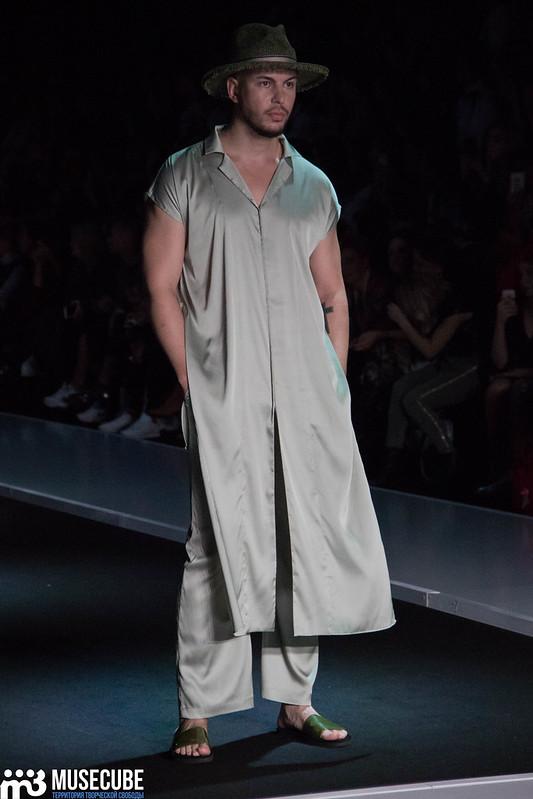 mercedes_benz_fashion_week_goga_nikabadze_050