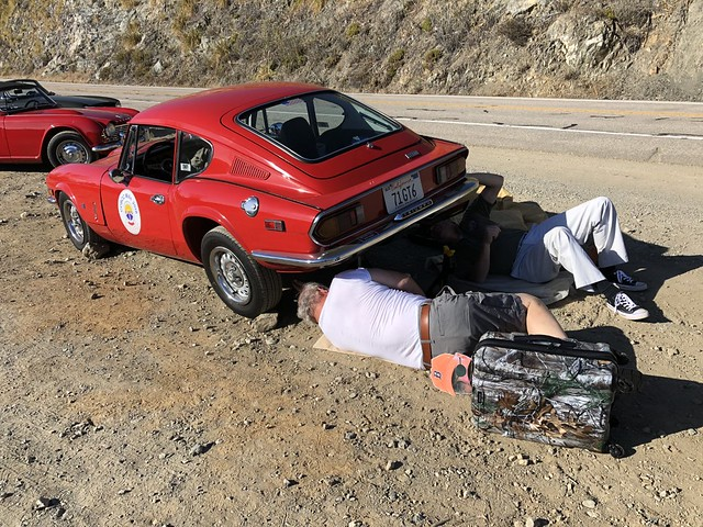 20180919_164501 Martin and Paul Keller fixing Exhaust with Ron watching