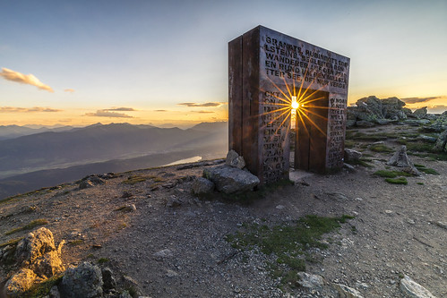 granattor sunset dawn twilight fog horizon over land moody sky distant dusk landscape millstatt millstätter see carinthia austria nockberge alps alpe