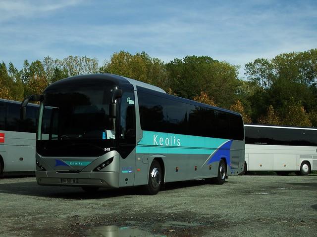 Neoplan Trendliner Keolis-Tours Amboise (37 Indre et Loire) 13-10-18a