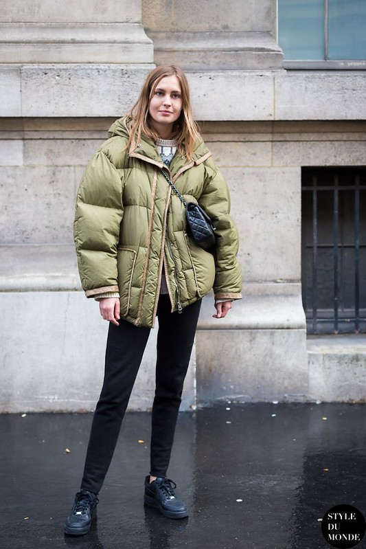 Style Inspiration : Nadja Bender in a green puffer coat #style #fashion #streetstyle