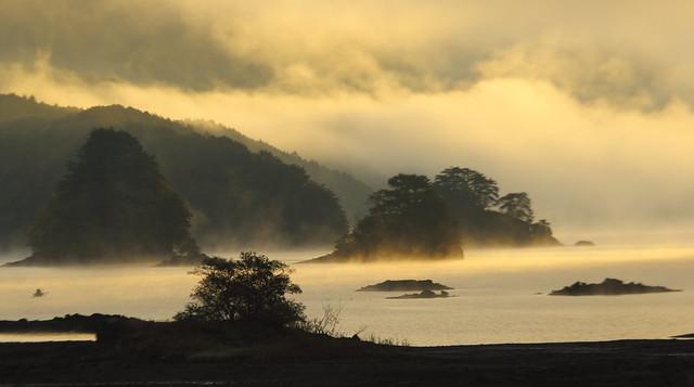 Dawn at Lake Akimoto