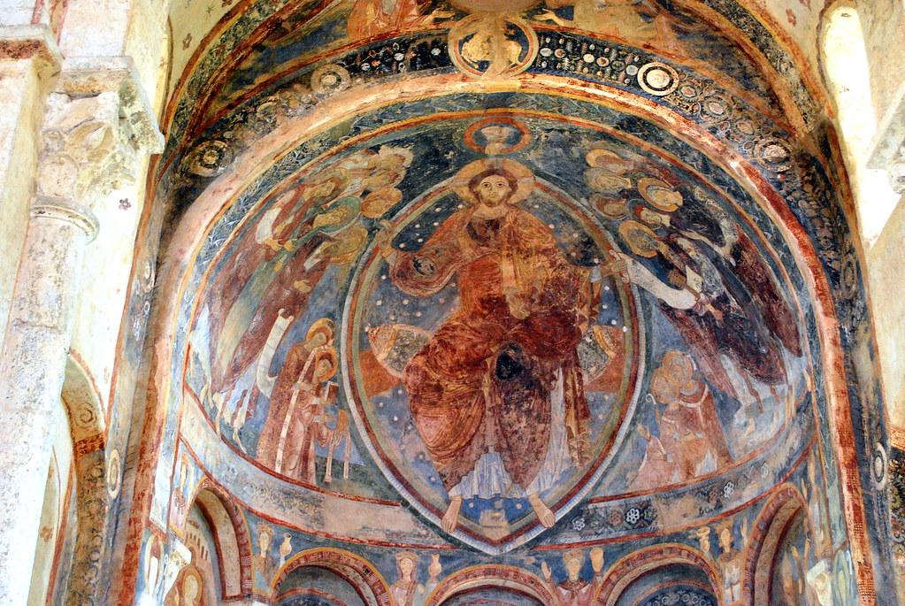 Berzé la ville (71) : fresque de la chapelle des moines