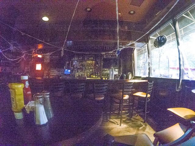 Kiklpatrick's Pub-001