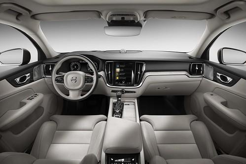 2019_Volvo_S60_Sedan_023 Photo