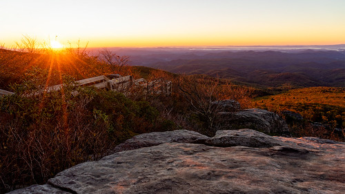 blueridgeparkway dawn sunrise solitude grandfathermountain northcarolina