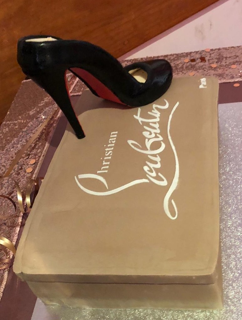 a5be27fdd89 Christian Louboutin shoe box Cake | Based on owners own Loub… | Flickr