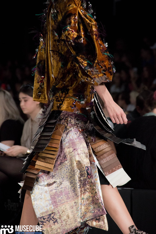 mercedes_benz_fashion_week_ba_(hons)_fashion_067
