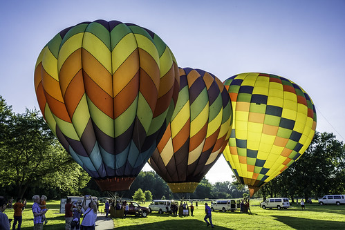 balloons hotairballoons colors colorful sunset glow light lightandshadow festival midlandmichigan riverdays hotair balloonfestival tomclarknet tacphotography nikon nikoncamera d7100