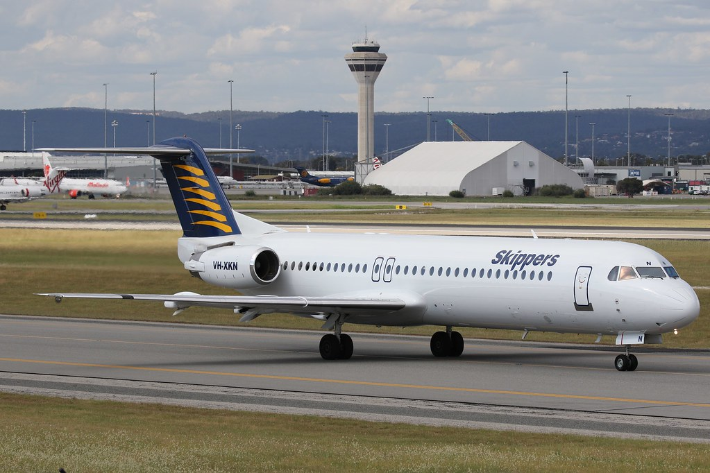 VH-XKN Skippers Aviation Fokker 100