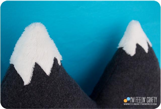 MountainPillow-PillowTops-ImFeelinCrafty