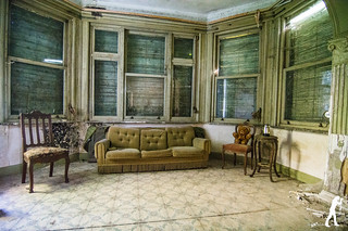 Lost Places: Manoir DP   by smartphoto78