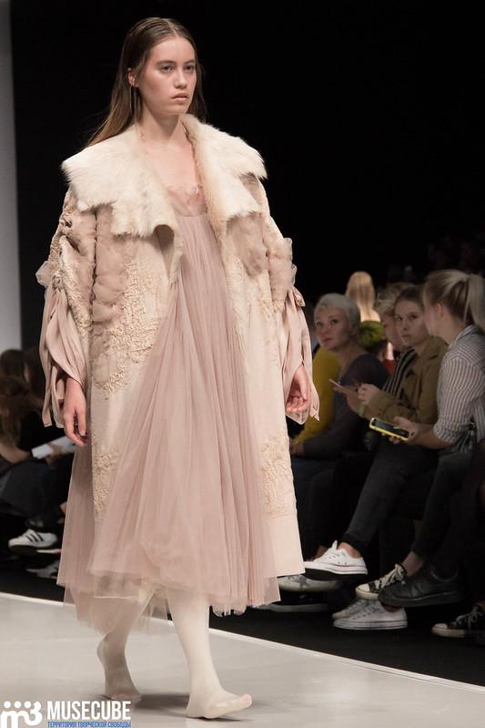 mercedes_benz_fashion_week_ba_(hons)_fashion_038