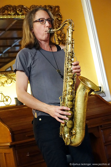 Sophie Hassfurther: sax