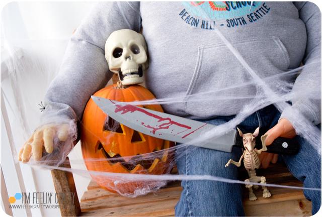 Halloween-Outside2-ImFeelinCrafty