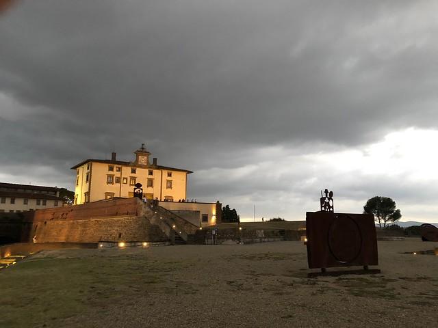 Una sera a Forte Belvedere sotto il cielo grigio - A night in Forte Belvedere under the gray sky