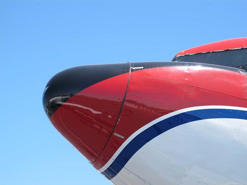 Douglas DC-3C 2