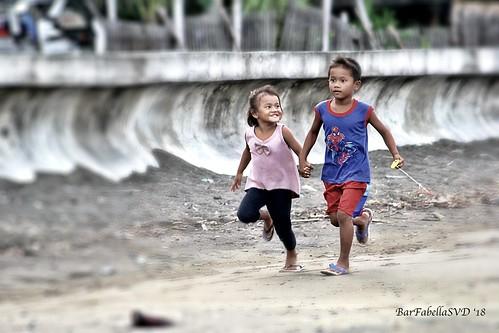 children brother sister filipinochildren