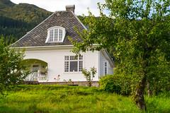 Balestrand house