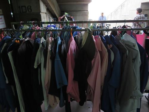 ロイヤルバンコクスポーツクラブで何故か売られている洋服