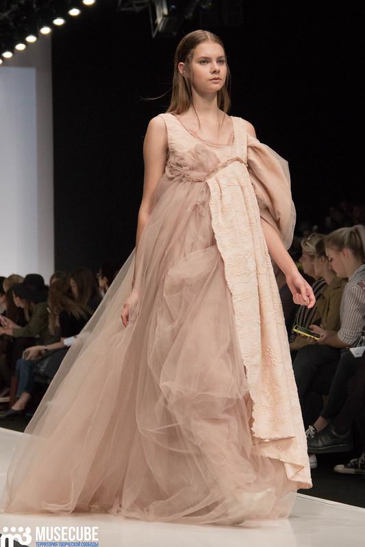 mercedes_benz_fashion_week_ba_(hons)_fashion_039