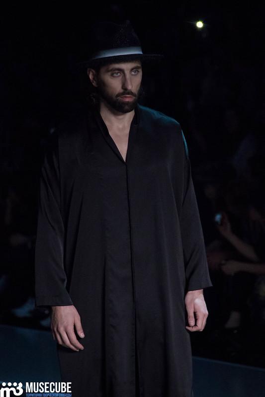mercedes_benz_fashion_week_goga_nikabadze_056
