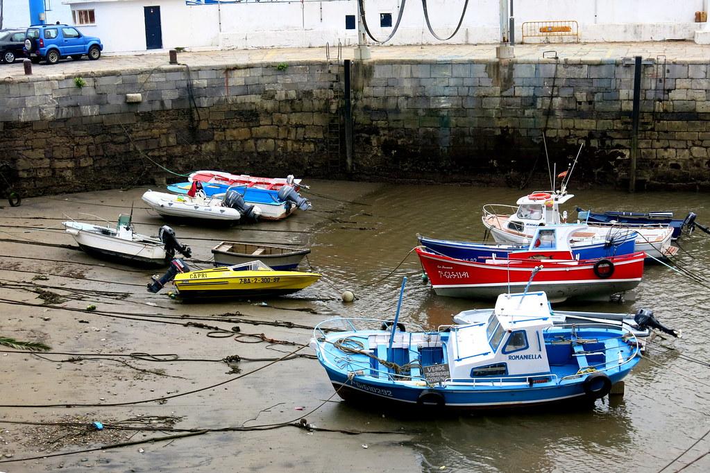 marea baja en el puerto de luanco marea baja en el puerto flickr