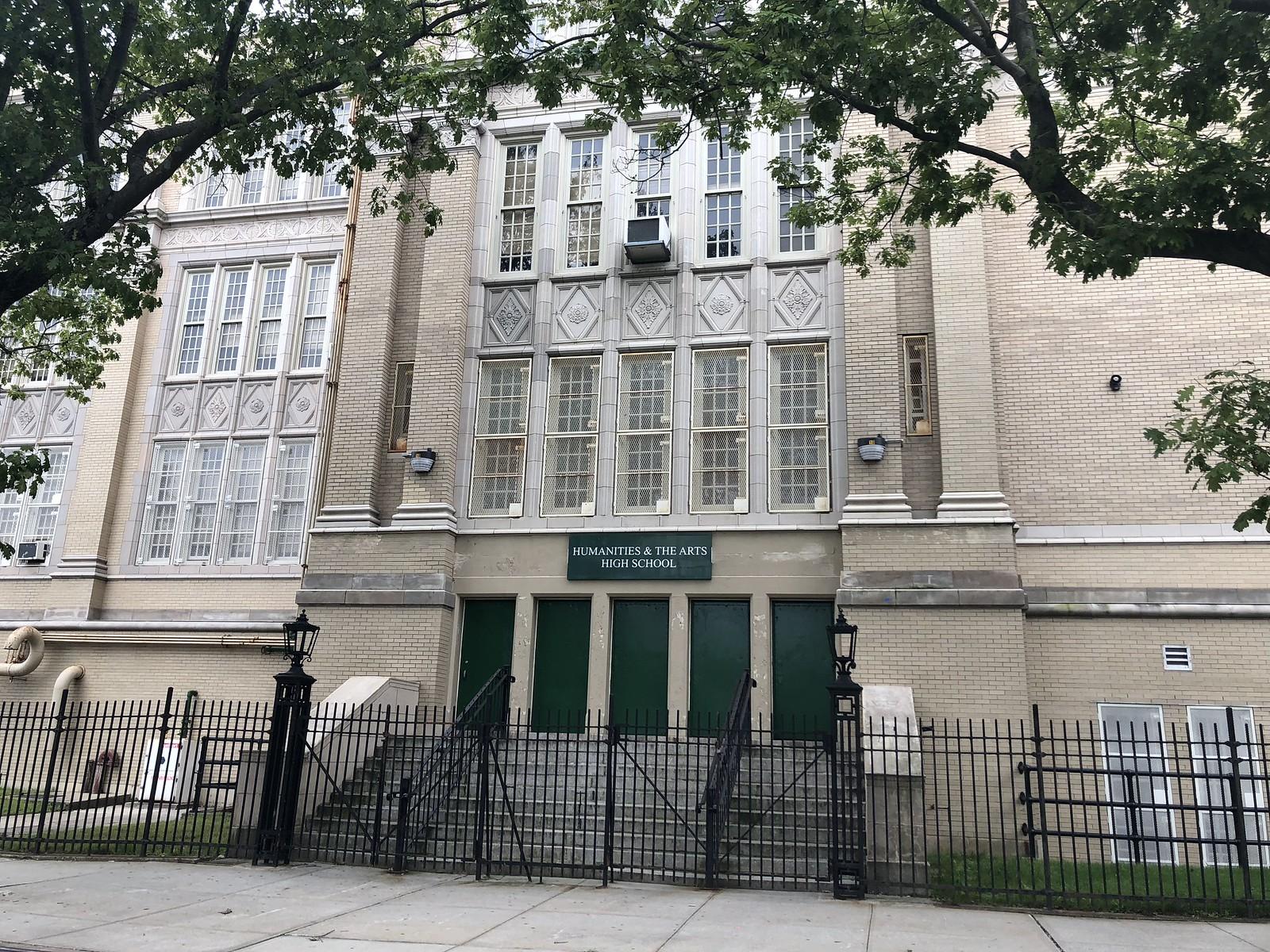 Humanities & Arts Magnet High School - District 29