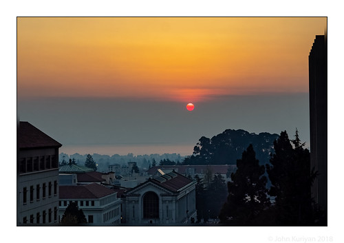 northerncalifornia fire smoke berkeley sunset