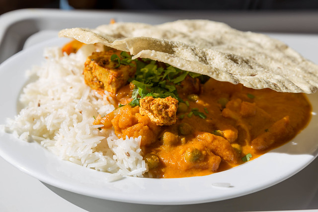 Tikki Masala Chicken with Rice and Flat Bread