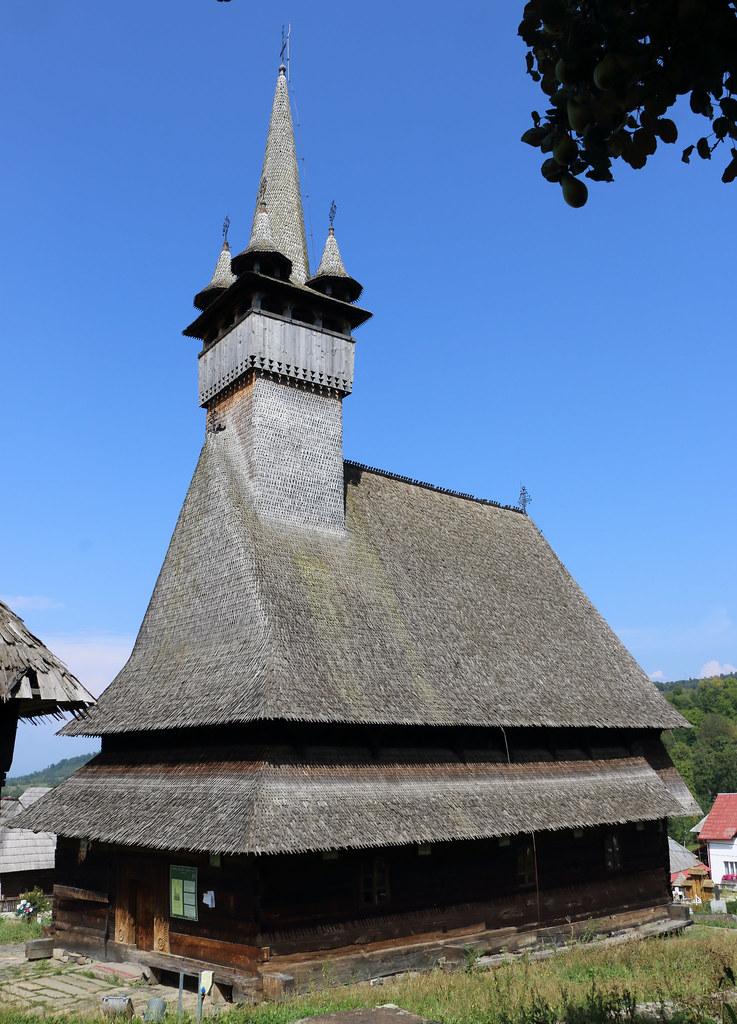 Rezervați la Popasul Fogadau