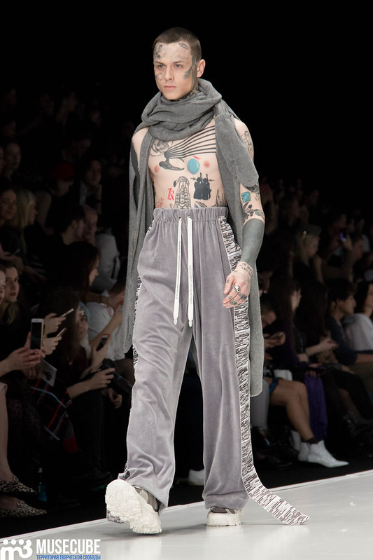 mercedes_benz_fashion_week_kurs_disain_odezhdy_096