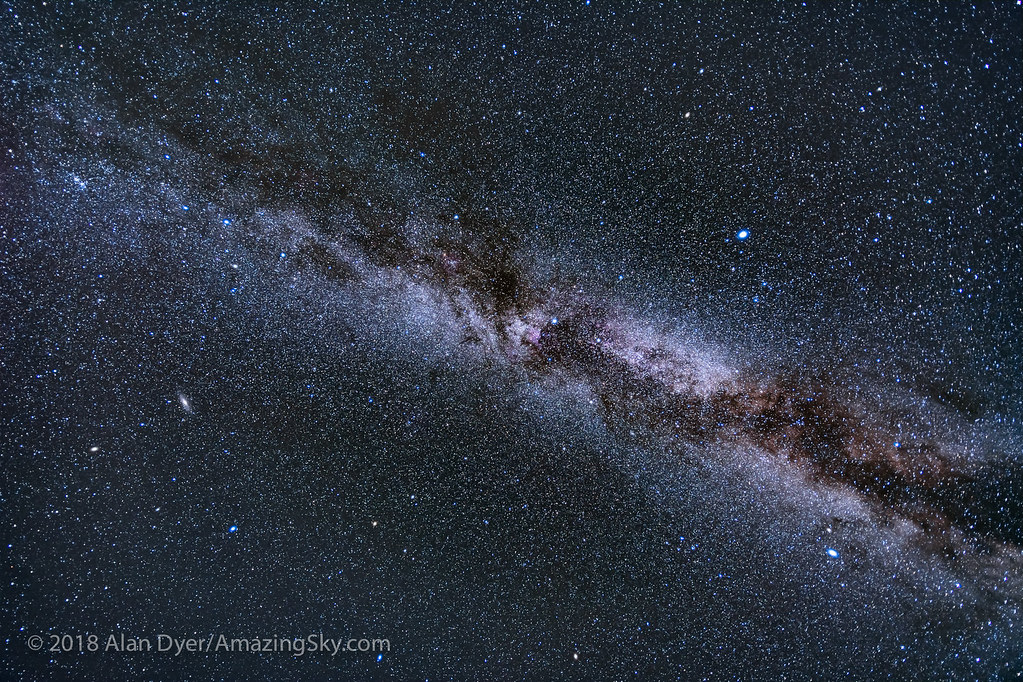 Sweep of the Autumn Milky Way | A wide-angle view of the Nor
