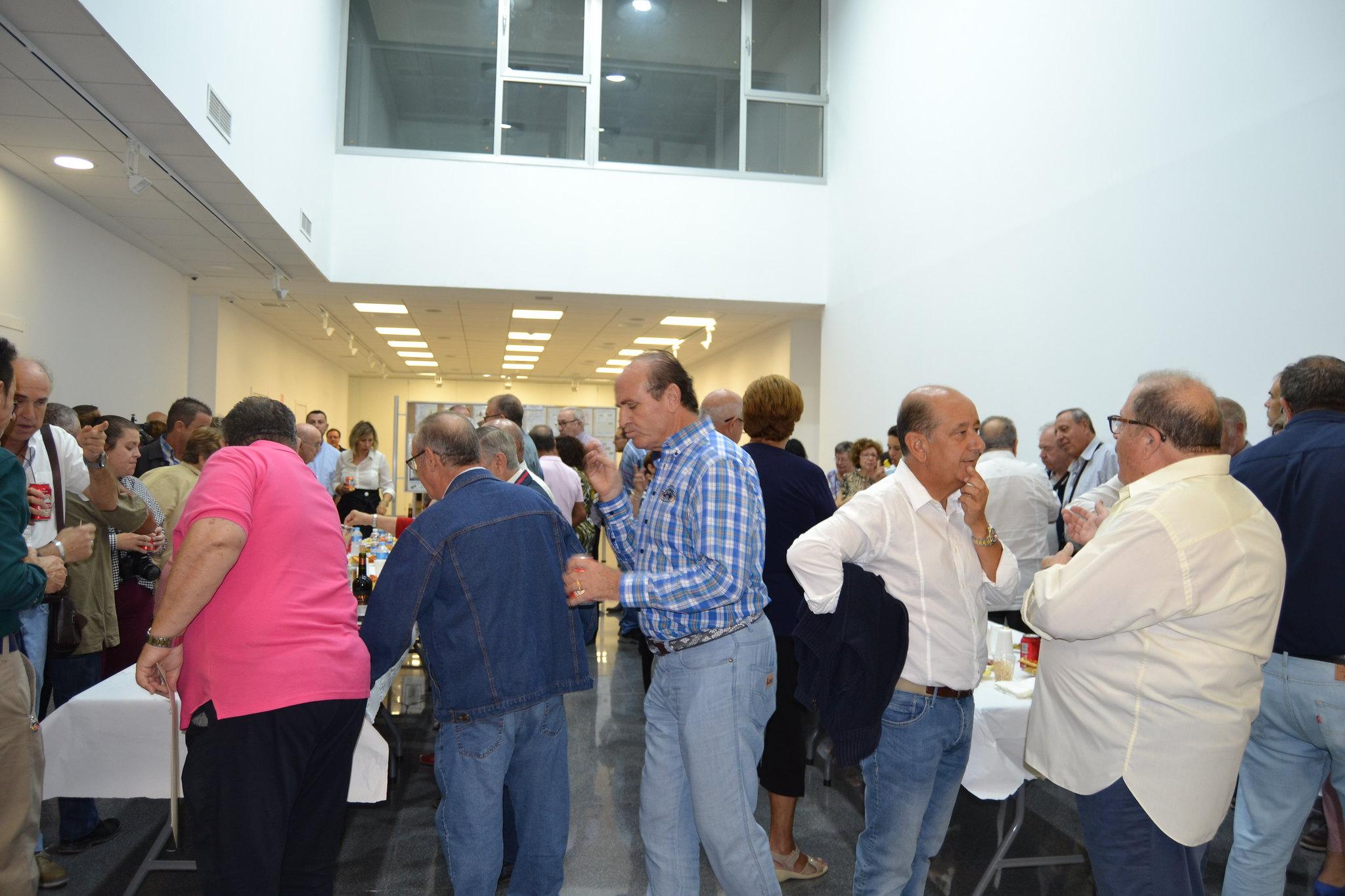 (2018-10-05) - Exposición Filatélica - Inauguración - Diario El Carrer  (59)