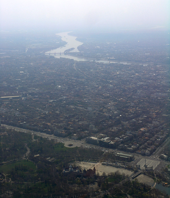 Budapest from the air: The hero's Place