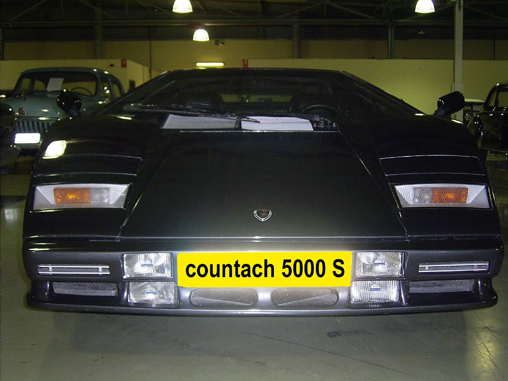 countach (front)