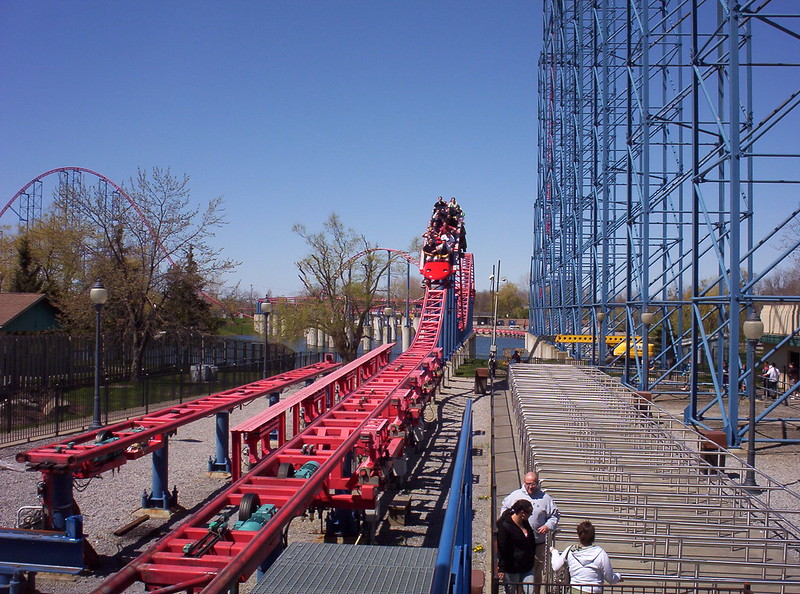 Ride Of Steel rollercoaster