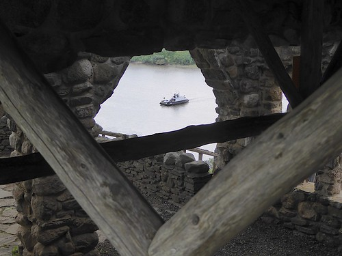 angles view perspective logs stone ferry river gillettecastle