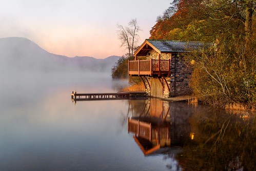 ullswater cumbria lakedistrict englishlakes boathouse lake water sunset sunrise colour refelctions stillness autumn