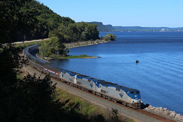 Amtrak 8, Maple Springs