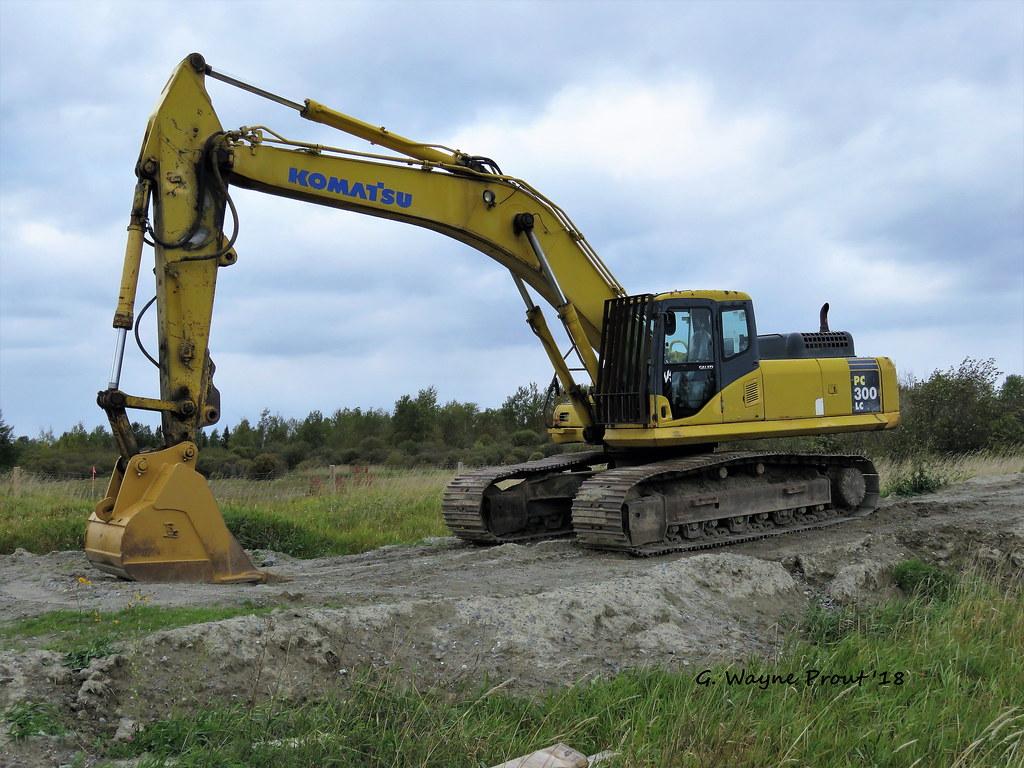 Komatsu PC300 LC Hydraulic Excavator | Photographed the Koma