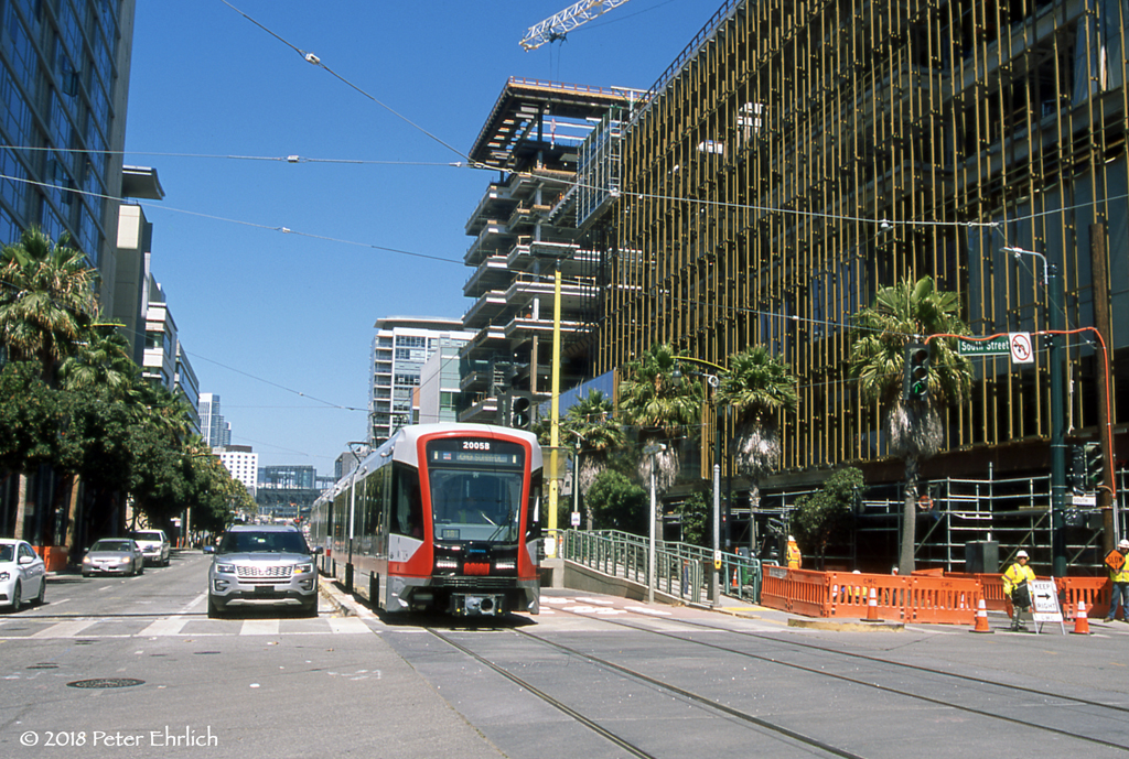 MUNI METRO--2005 at UCSF/Mission Bay IB | The new arena for … | Flickr