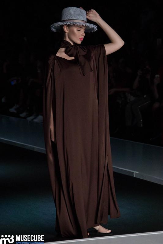 mercedes_benz_fashion_week_goga_nikabadze_043