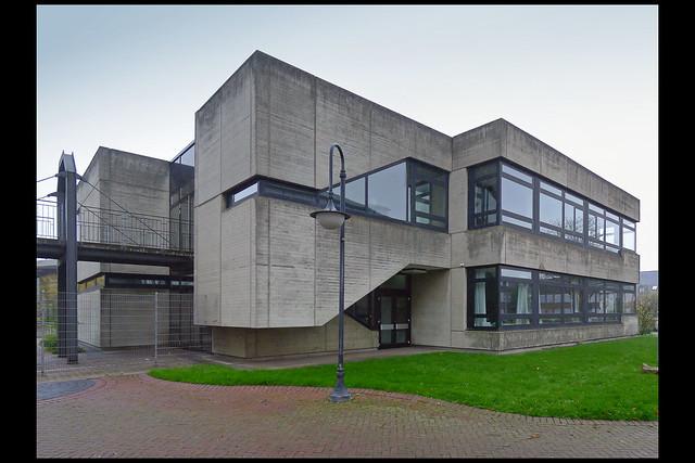 DE huckelhoven gymnasium II 01 1983 parade c_b (hartlepooler pltz)