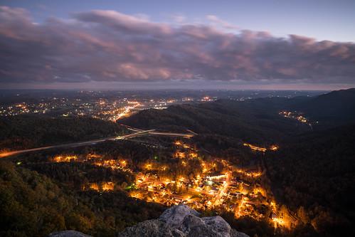 appalachia cumberlandgap cumberlandgapnhp cumberlandgapnationalhistoricpark pinnacleoverlook sunset twilight vista