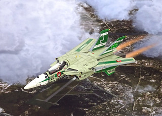 "Macross +++ 1:100 Stonewell/Bellcom VF-1J (Block 5 with MLU update) ""Valkyrie""; aircraft ""ET 240"" of the U.N. Spacy SVF-201 ""Flying Shamrocks""; Magadan Air Base, late 2017 (modified ARII kit) 